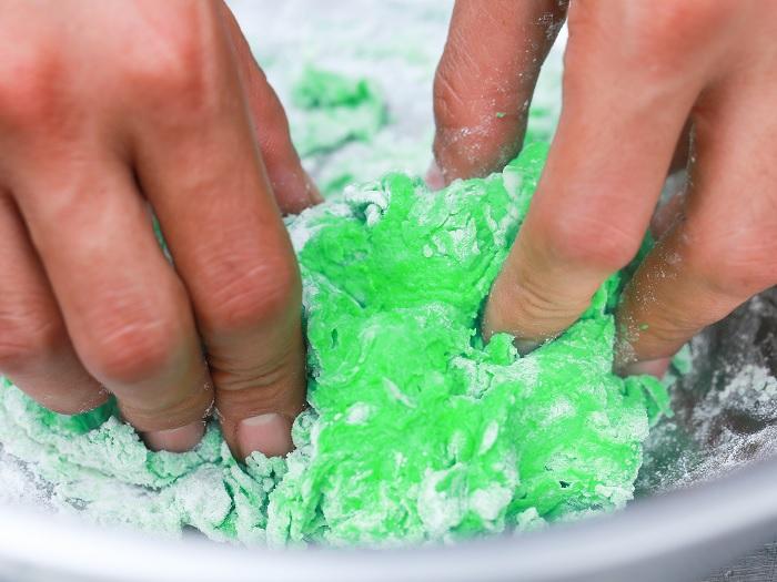 make playing dough