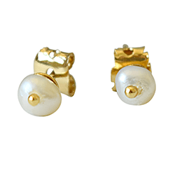 Surat Diamond Pearls Stud Earrings